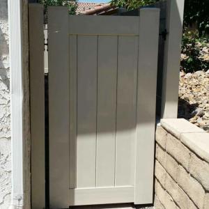 Tan Solid Privacy Gate
