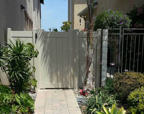 Tan Solid Privacy Gate