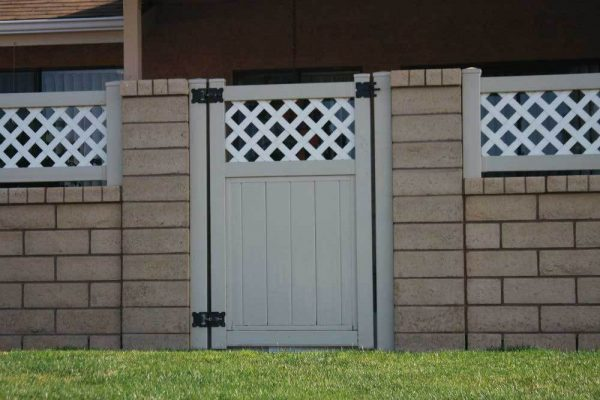 Khaki Vinyl Solid Privacy Gate with Lattice