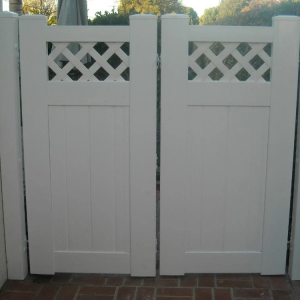 White Solid Privay Gate with Lattice Top