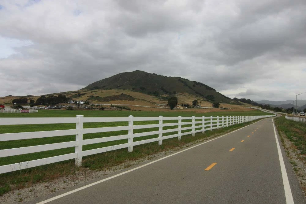 White 4 Rail Ranch (D)