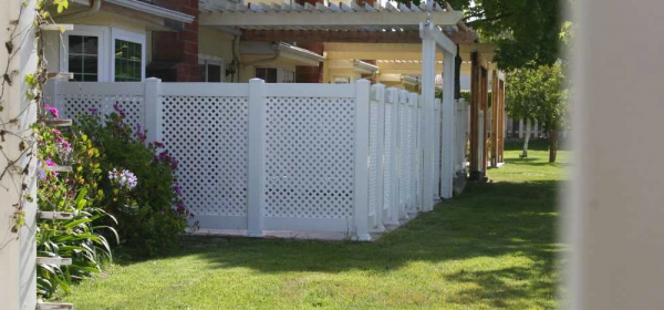 White Lattice Semi-Privay Vinyl Fencing