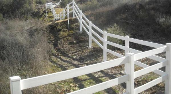 White 3 Rail Ranch (F)