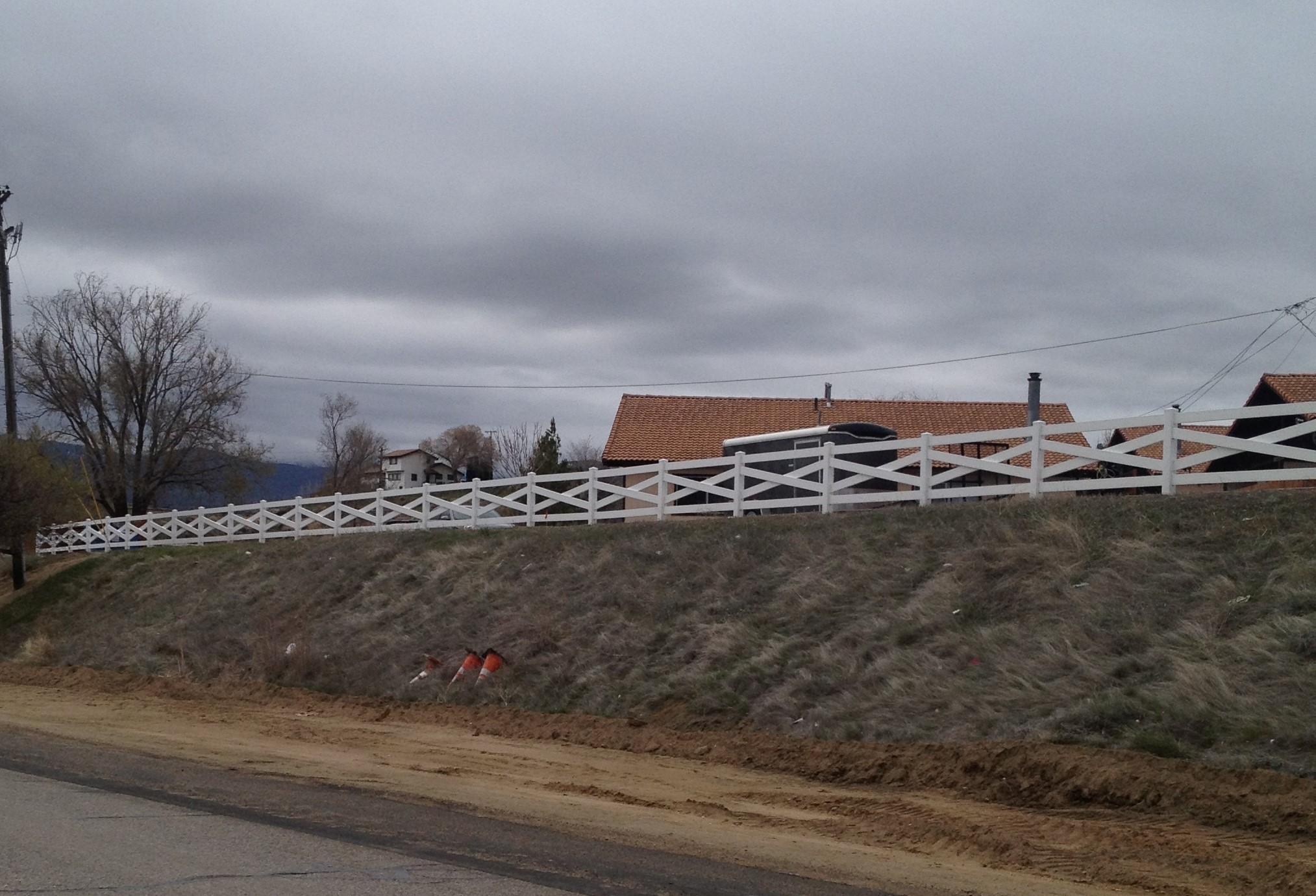 cross-buck-ranch-rail-4